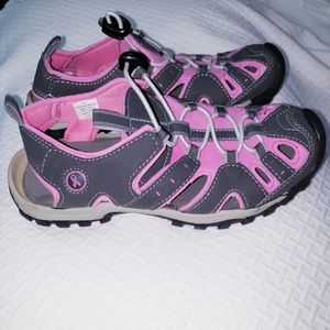 Breast Cancer Awareness Water Shoes size 7